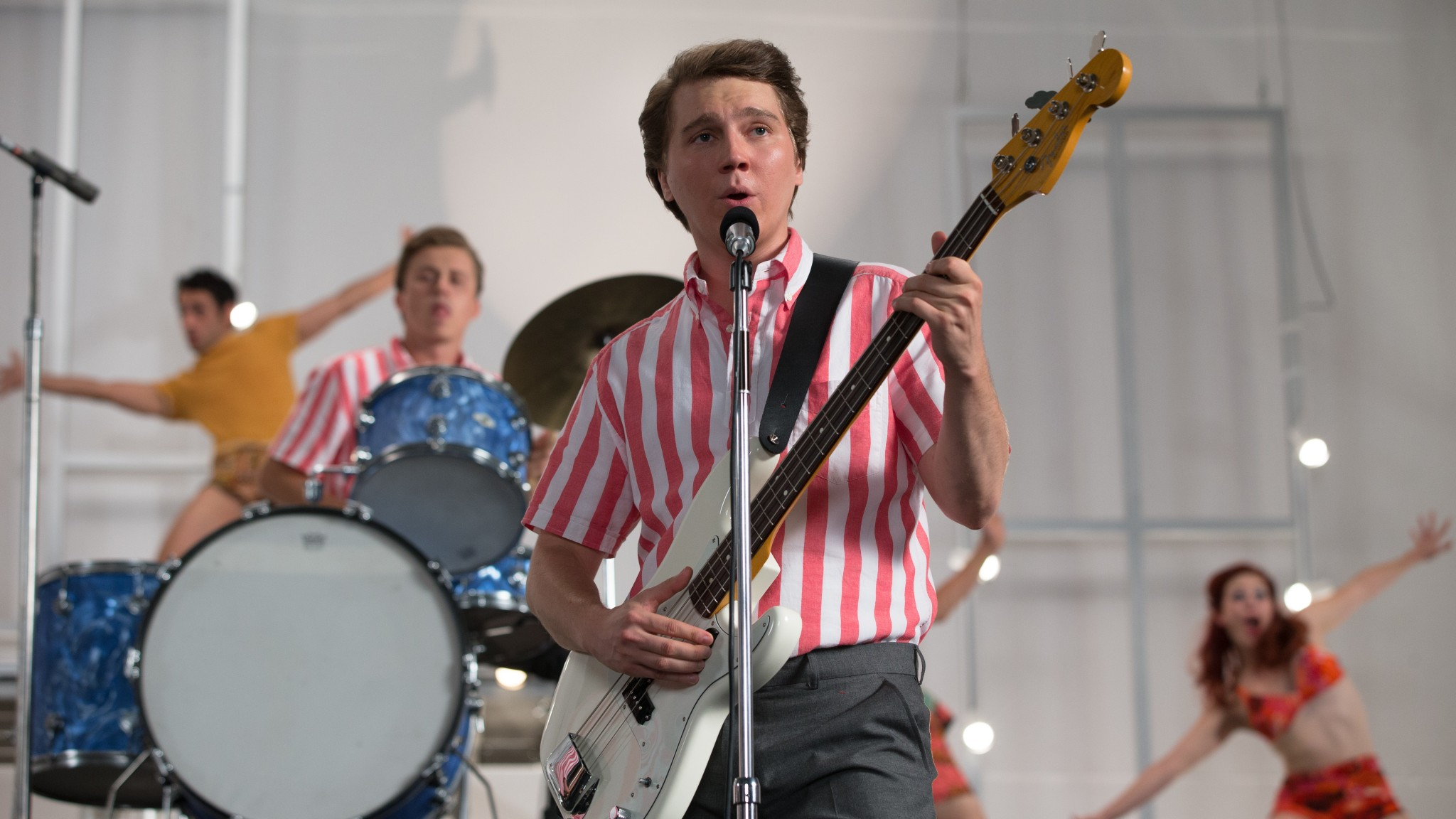 Paul Dano plays a young Brian Wilson in Love and Mercy.