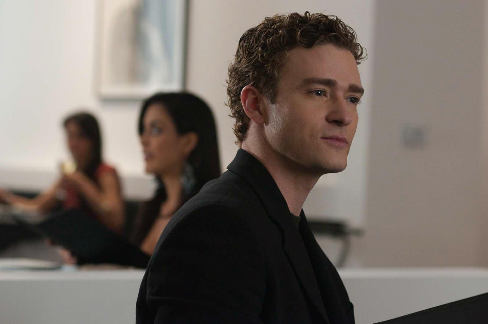 justin-timberlake-in-the-social-network-(2010)-large-picture