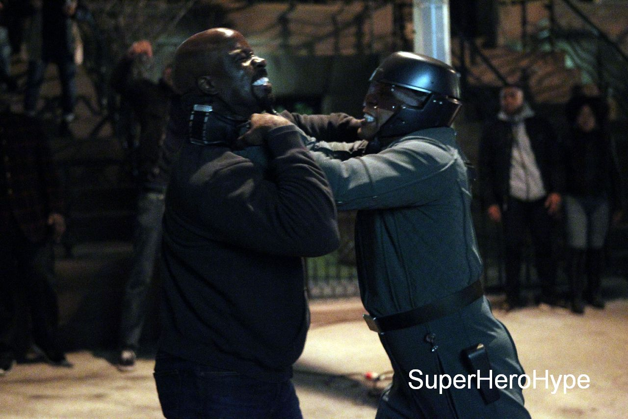 """NEW YORK, NY - MAY 23: Mike Colter, Erik LaRay Harvey as """"Diamondback"""" filming big fight scene in Marvel Studios """"Luke Cage"""" on May 23, 2016 in New York City. (Photo by Steve Sands/GC Images)"""