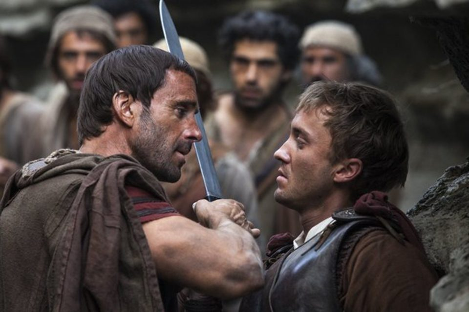 """Joseph Fiennes and Tom Felton in """"Risen."""" (Photo courtesy TriStar Pictures/TNS)"""