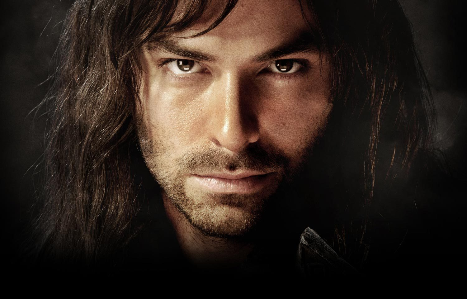Aidan Turner In 'talks' To Become Next James Bond