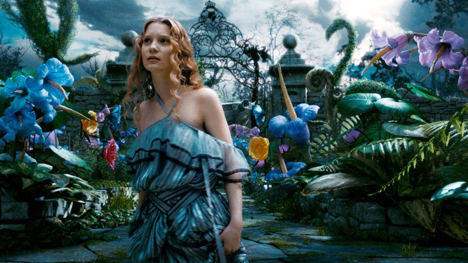 ALICE IN WONDERLAND, Mia Wasikowska as Alice, 2010. ©Walt Disney Pictures/courtesy Everett Collectio