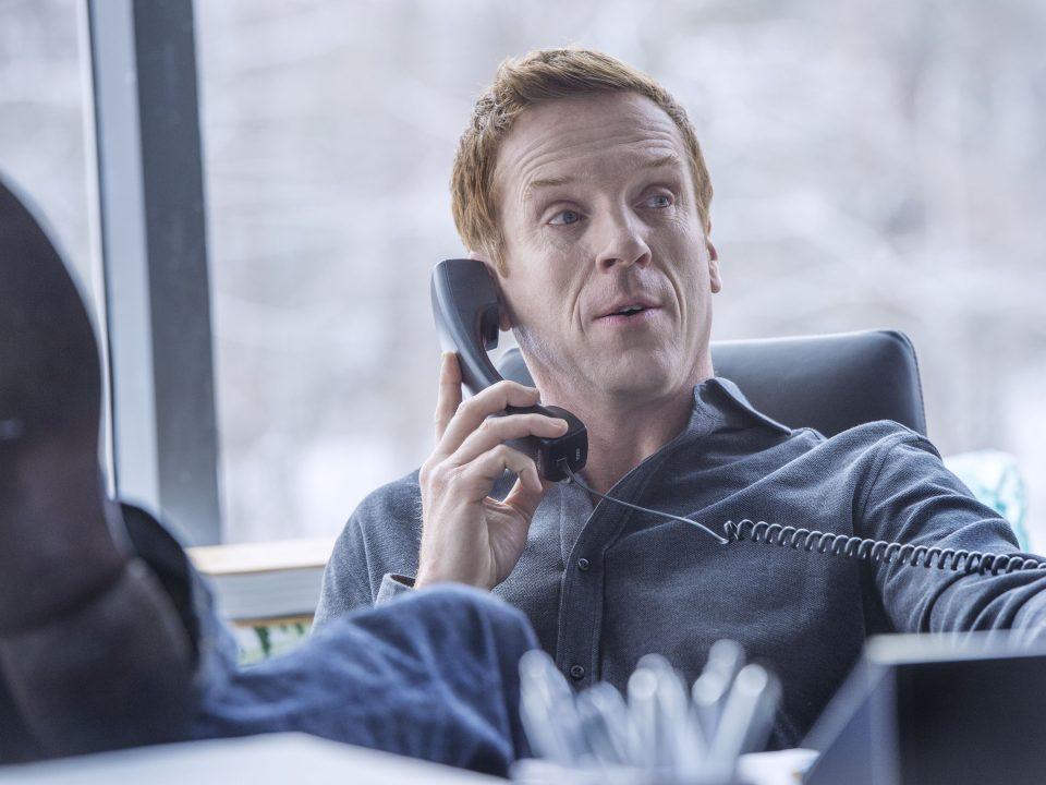 "Damian Lewis as Bobby ""Axe"" Axelrod in Billions (Season 1, Episode 1). - Photo:  JoJo Whilden/SHOWTIME - Photo ID:  Biillions_101_3291.R"