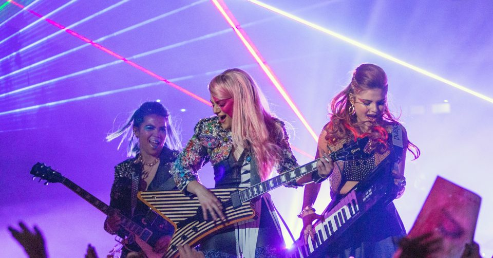 Jem-Holograms-Movie-Pictures