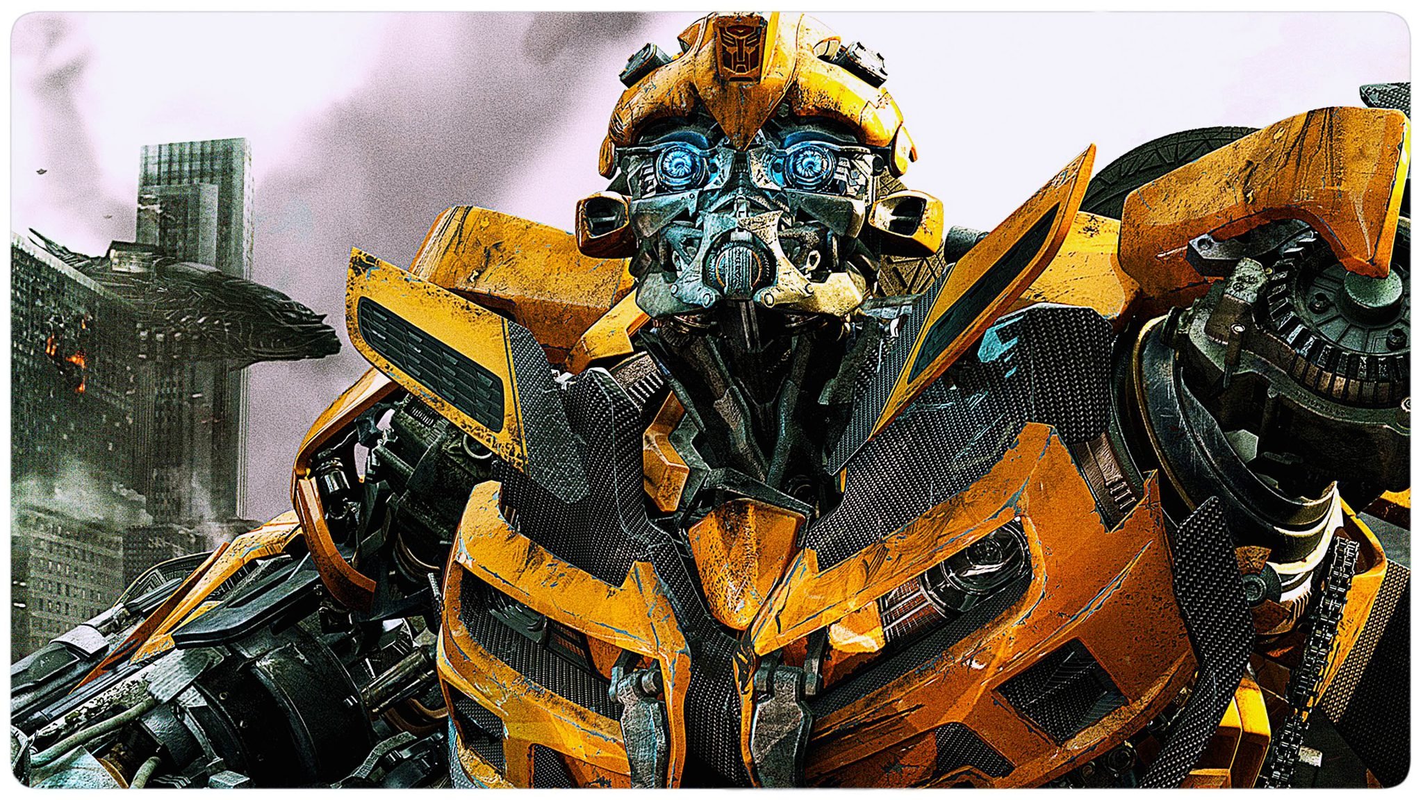 Michael Bay reveals Bumblebee's new look in Transformers- The Last Knight