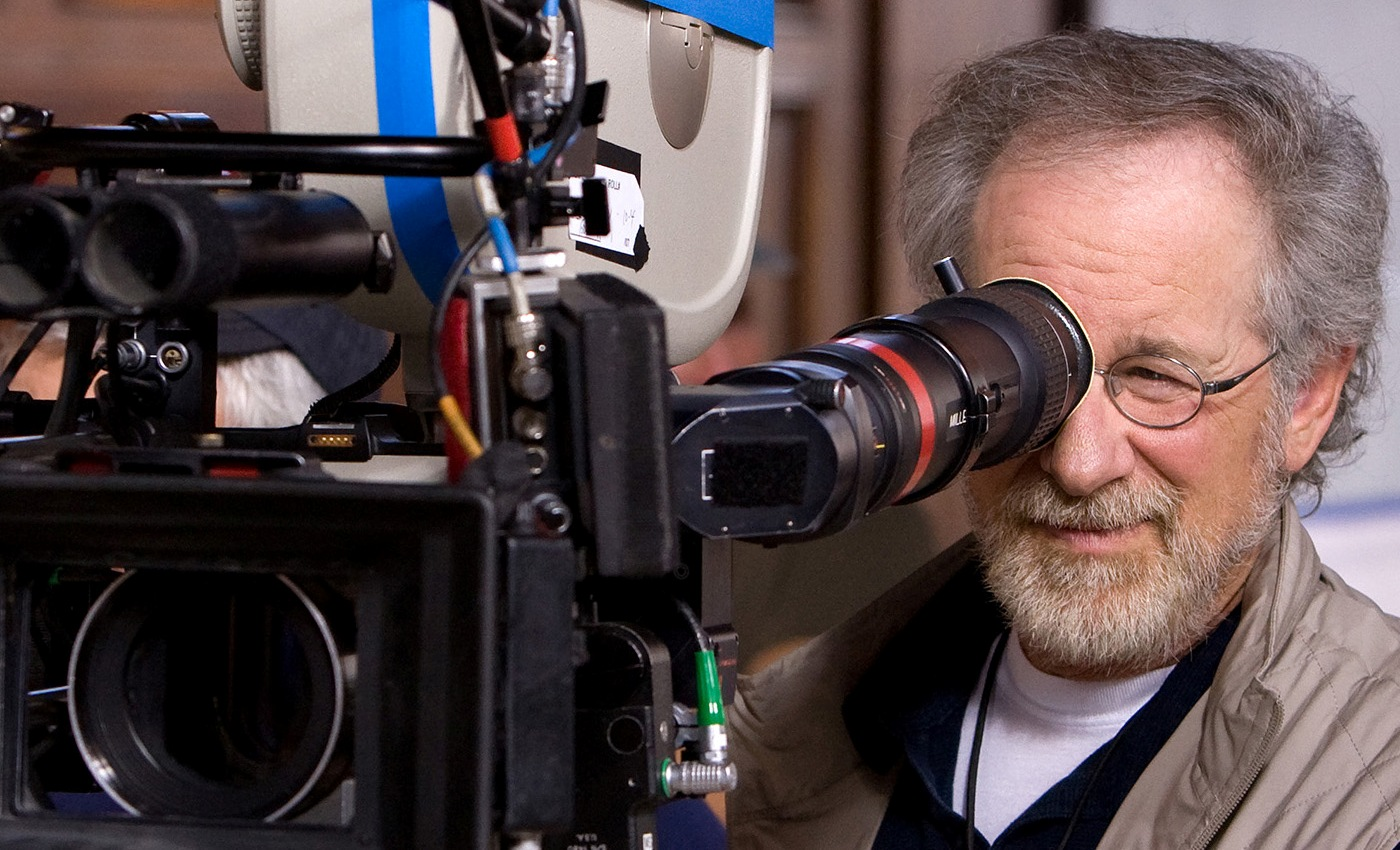 Steven-Spielberg-–-The-Legend-of-World-Cinema2