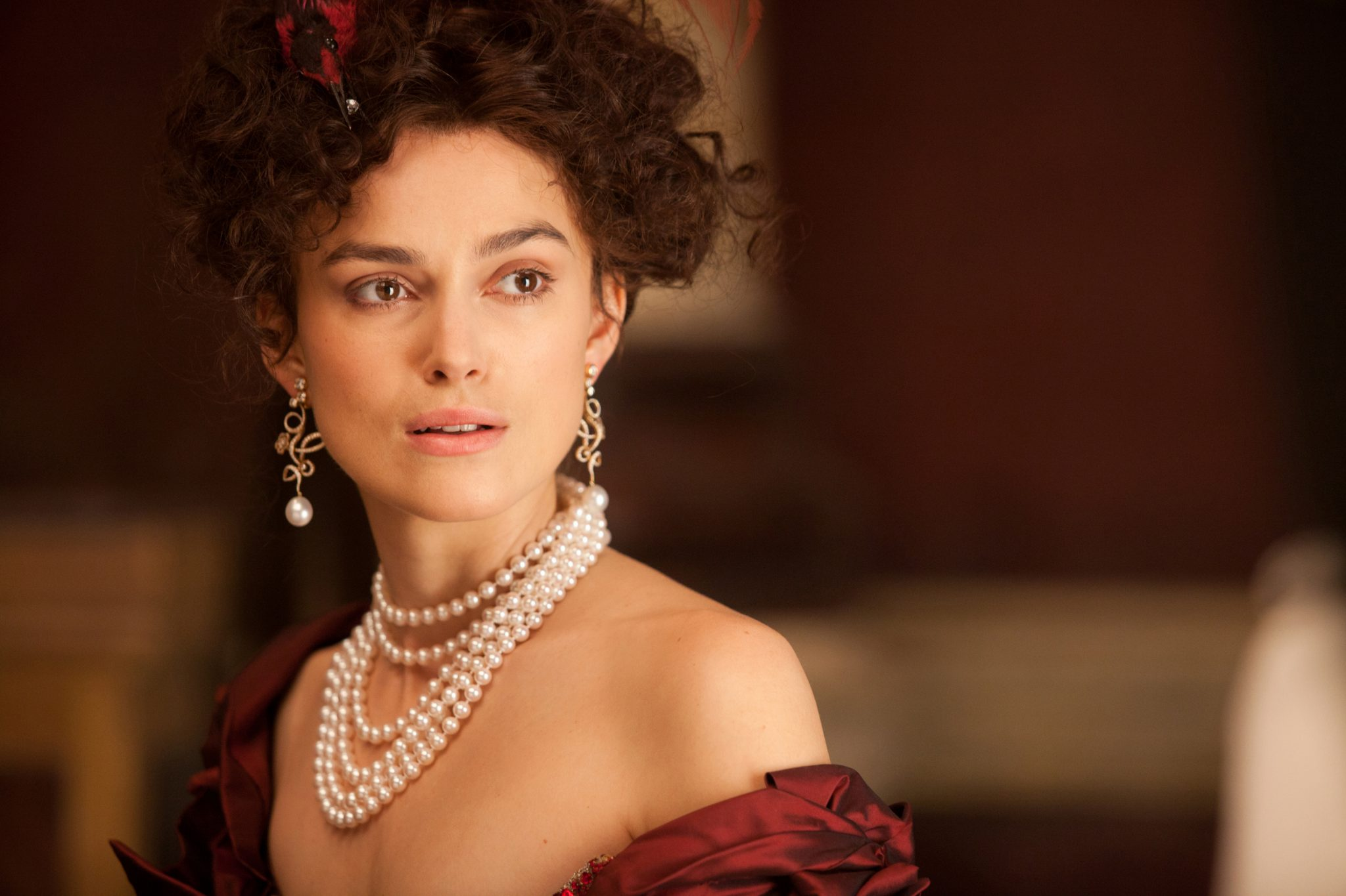 Keira Knightley stars as Anna in Joe Wright's ANNA KARENINA, a Focus Features release.Credit: Laurie Sparham