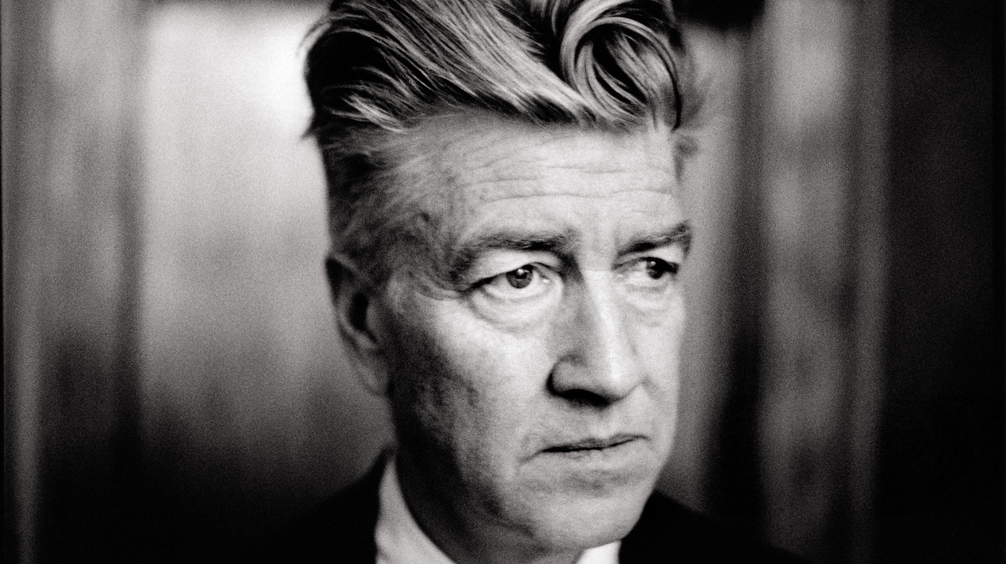Twin Peaks To Return With David Lynch Flickreel