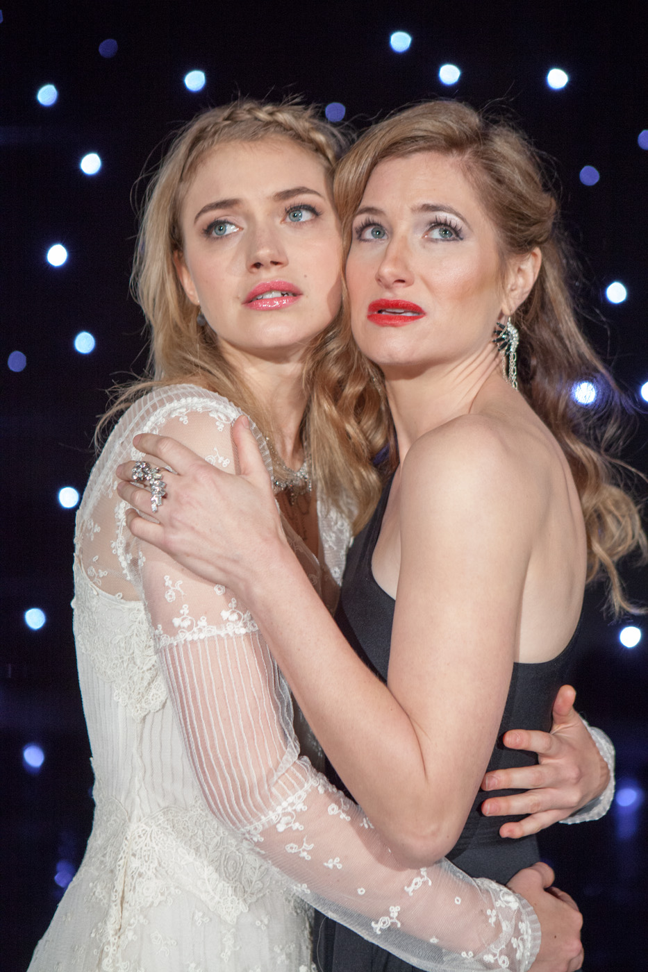shes-funny-that-way-kathryn-hahn-imogen-poots