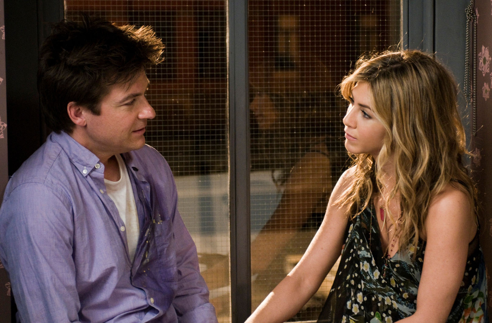 """""""THE SWITCH""""  (L-R) Jason Bateman, Jennifer Aniston  Ph: Macall Polay  ©2010 Baster Productions, LLC.  All Rights Reserved."""