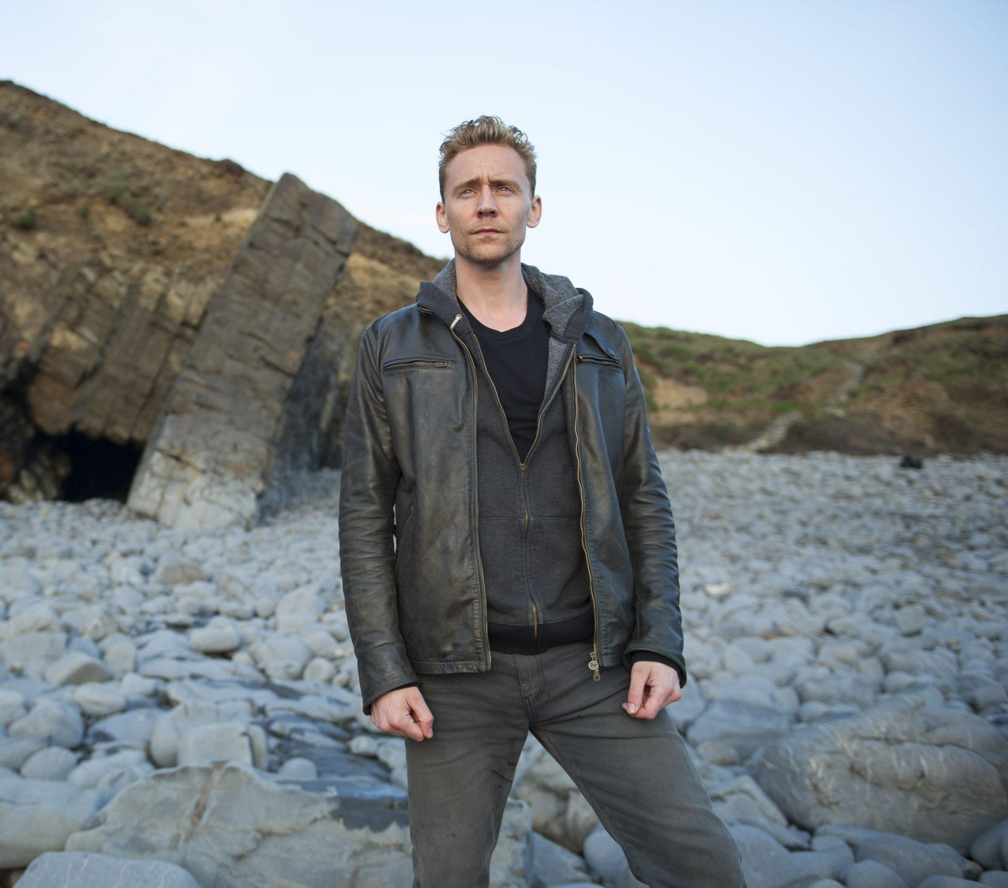 Tom Hiddleston as Jonathan Pine - The Night Manager _ Season 1, Episode 2 - Photo Credit: Des Willie/AMC