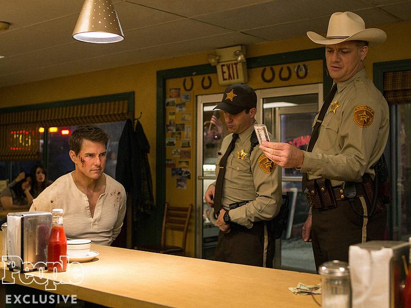Tom Cruise, Judd Lormand and Jason Douglas.