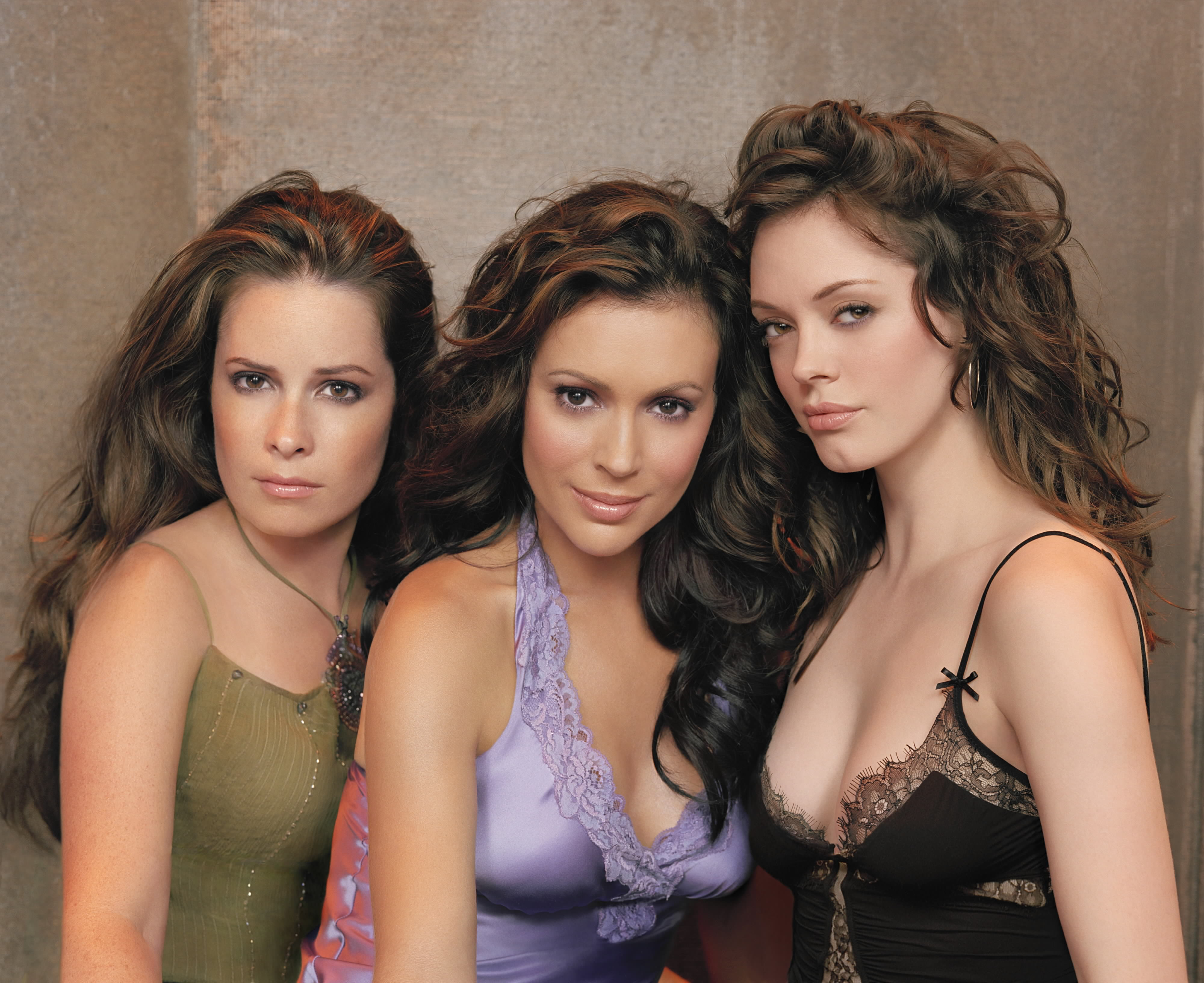Alyssa Milano Movie Clips charmed fans campaign for a movie with original cast | flickreel