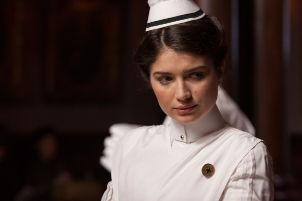 eve-hewson-the-knick-600x400