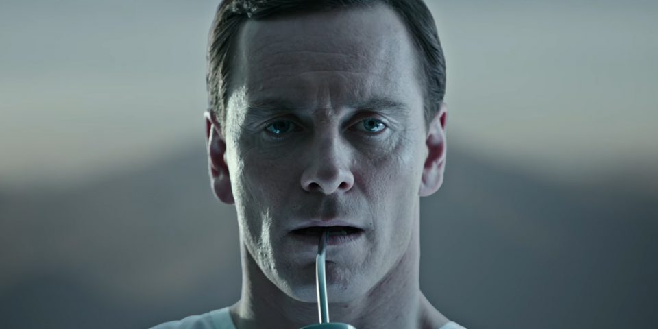 michael-fassbender-walter-alien-covenant