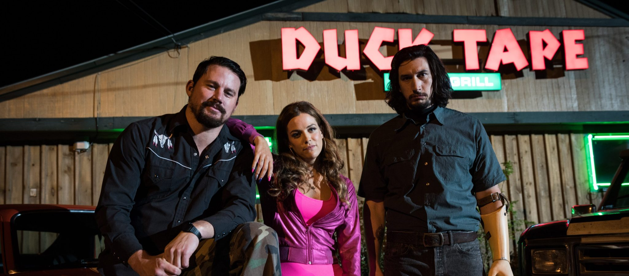 LL_02433 (l-r) Channing Tatum stars as Jimmy Logan, Riley Keough as Mellie Logan and Adam Driver as Clyde Logan in Steven Soderbergh's LOGAN LUCKY, a Fingerprint Releasing and Bleecker Street release. Credit:  Michael Tacket / Fingerprint Releasing | Bleecker Street